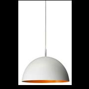 Đèn trang trí QPG304 Philips có màu vàng crôm đảm bảo được độ sáng bóng hoàn hảo nhờ chất liệu cao cấp chống ăn mòn, gỉ sét cáo nhờ vậy độ bóng bẩy ở bên ngoài sản phẩm tạo nên sự độc đáo cho sản phẩm. Khi người sử dụng chiếu sáng là lúc màu ánh sáng phát ra dịu nhẹ, dễ chịu nhưng lại là tâm điểm của cả không gian khi có độ sáng bóng và màu đèn đem lại.