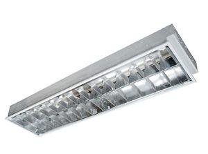 Máng đèn huỳnh quang Rạng Đông FS 40/36x2 M6 thân máng làm bằng thép không rỉ, sơn tĩnh điện cao cấp đạt tiêu chuẩn quốc tế về kỹ thuật chất lượng cao