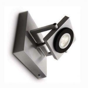 Đặc biệt với thiết kế thanh nhôm chắc chắn, đứng đắn và an toàn cho thiết bị điện đảm bảo sự an toàn và tiện nghi trong thiết kế. Đèn chiếu tranh 69080 Philips trở thành sản phẩm chiếu sáng hiện đại, tiện lợi và thẩm mỹ cho không gian.