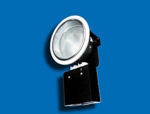 Bóng đèn downlight âm trần có kính Paragon PRDD140E27 là sự tinh tế, đẳng cấp và làm nổi bật không gian là đặc điểm mà sở hữu. Vì thế trong lựa chọn chiếu sáng, người dùng luôn nhắm đến để sử dụng để trang trí nội thất