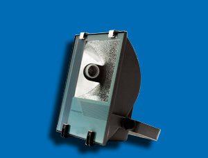 Sử dụng bộ đèn pha cao áp POLA40065 400W Paragon trong hoạt động chiếu sáng đem lại tiện lợi cho người dùng trong nhiều việc, vừa tiết kiệm chi phí vừa đem lại hiệu quả chiếu sáng đảm bảo, đáp ứng nhu cầu tiêu dùng